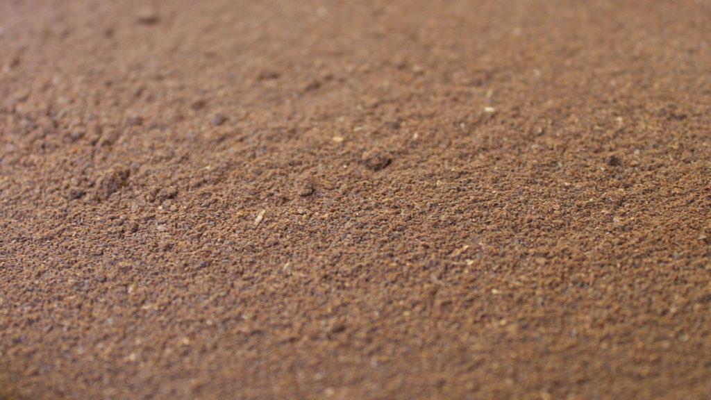 Kaffeesatz gegen Ameisen